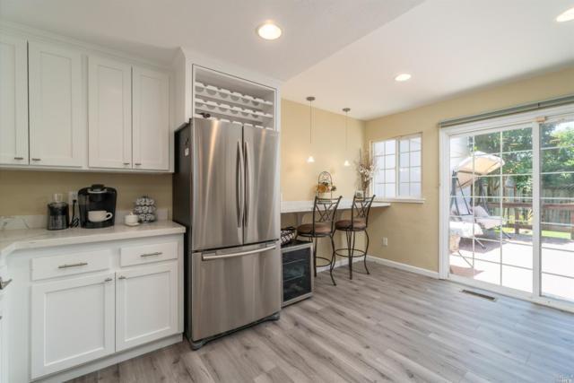 1702 Capella Court, Petaluma, CA 94954 (#21915536) :: Lisa Perotti | Zephyr Real Estate