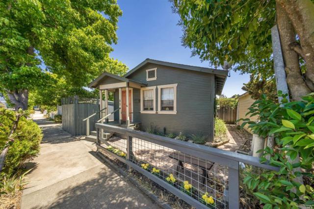 11 Hayes Avenue, Petaluma, CA 94952 (#21917746) :: Rapisarda Real Estate