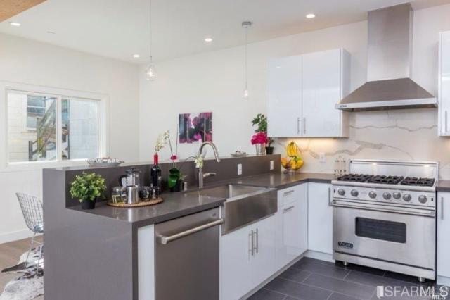 151 Bernard Street, San Francisco, CA 94109 (#21918374) :: Rapisarda Real Estate