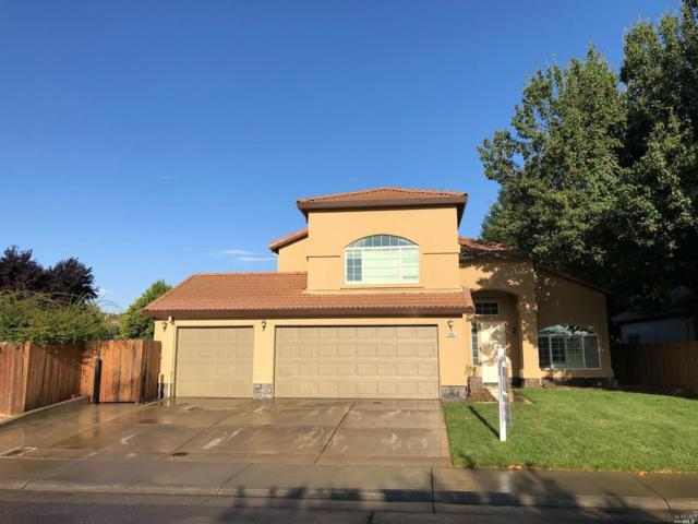 345 Manning Way, Dixon, CA 95620 (#21920635) :: Lisa Imhoff   Coldwell Banker Kappel Gateway Realty
