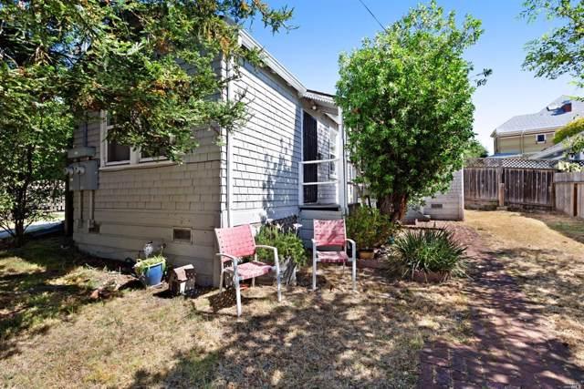 306 Walnut Street, Petaluma, CA 94952 (#21923126) :: RE/MAX GOLD