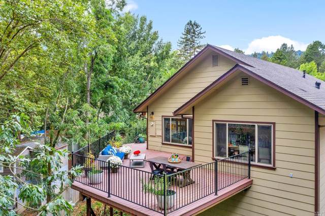 14275 Mill Court, Guerneville, CA 95446 (#21924533) :: RE/MAX GOLD