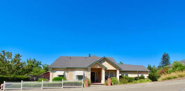 114 Parkwoods Court, Healdsburg, CA 95448 (#21925084) :: W Real Estate | Luxury Team