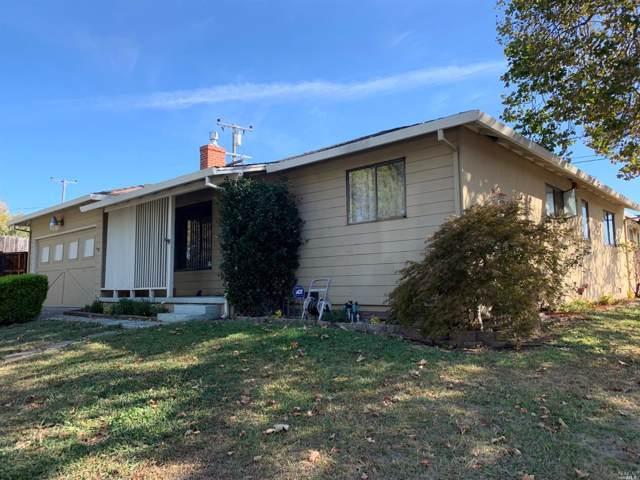 302 Parkwood Drive, Vallejo, CA 94591 (#21926333) :: Rapisarda Real Estate