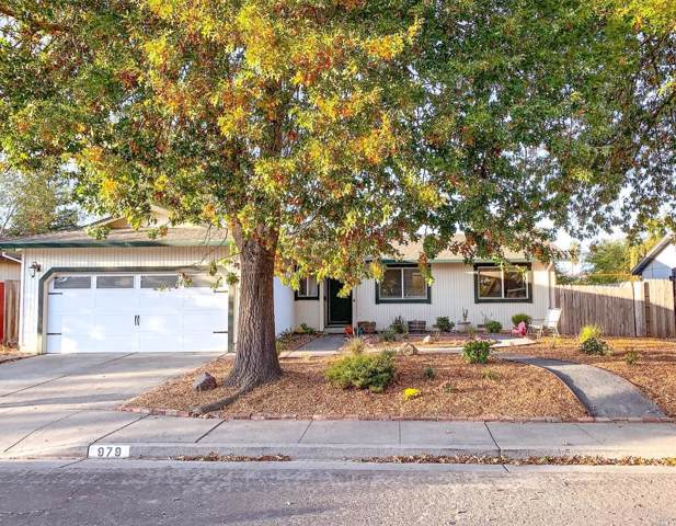 979 Springfield Court, Windsor, CA 95492 (#21926632) :: Rapisarda Real Estate