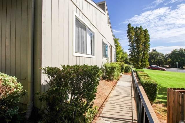 745 Beelard Drive, Vacaville, CA 95687 (#21926840) :: Rapisarda Real Estate