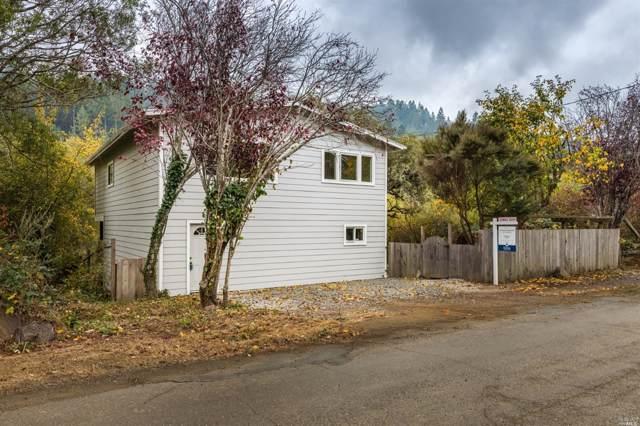 17990 Lark Drive, Guerneville, CA 95446 (#21928853) :: Rapisarda Real Estate