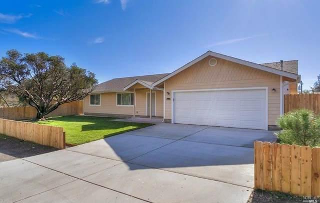 14105 Arrowhead Road, Clearlake, CA 95422 (#21929136) :: Lisa Perotti | Zephyr Real Estate
