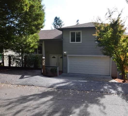 8247 Grape Avenue, Forestville, CA 95436 (#21929635) :: Intero Real Estate Services