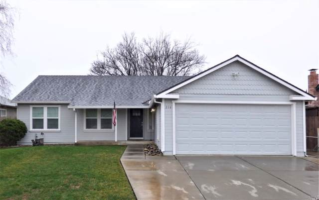 214 Columbia Drive, Vacaville, CA 95687 (#22001320) :: Rapisarda Real Estate