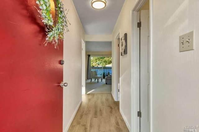 919 W L Street #14, Benicia, CA 94510 (#22002270) :: Rapisarda Real Estate