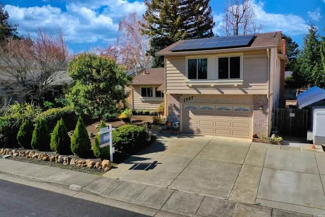 1757 Quincey Lane, Fairfield, CA 94534 (#22002869) :: Rapisarda Real Estate