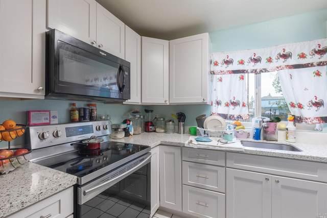2105 Lena Place, Santa Rosa, CA 95407 (#22003707) :: Rapisarda Real Estate