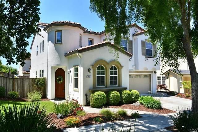 2167 Linwood Avenue, Santa Rosa, CA 95404 (#22004120) :: RE/MAX GOLD