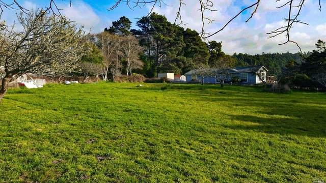 180 Olsen Lane, Fort Bragg, CA 95437 (#22004127) :: Rapisarda Real Estate