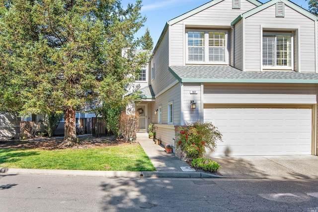 707 Woodlake Drive, Santa Rosa, CA 95405 (#22004804) :: Hiraeth Homes