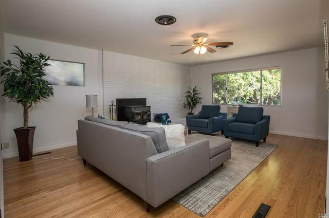 737 Prince Avenue, Healdsburg, CA 95448 (#22005212) :: W Real Estate | Luxury Team