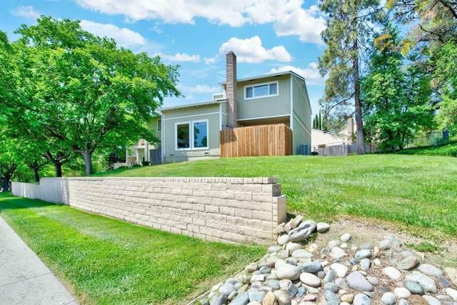 733 Beelard Drive, Vacaville, CA 95687 (#22006679) :: Intero Real Estate Services