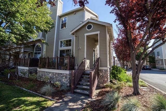 480 E E Street, Benicia, CA 94510 (#22007281) :: Rapisarda Real Estate