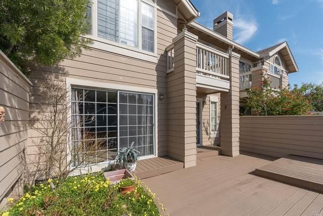 57 Little Creek Lane, Novato, CA 94945 (#22007564) :: Intero Real Estate Services