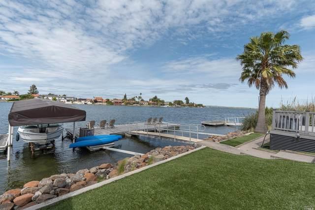 175 Del Oro Lagoon, Novato, CA 94949 (#22009988) :: Hiraeth Homes