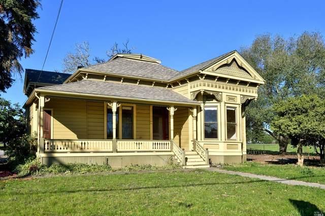 979 Grove Street, Healdsburg, CA 95448 (#22010603) :: Rapisarda Real Estate
