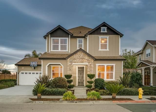 1700 Southview Drive, Petaluma, CA 94954 (#22011453) :: Lisa Perotti | Corcoran Global Living