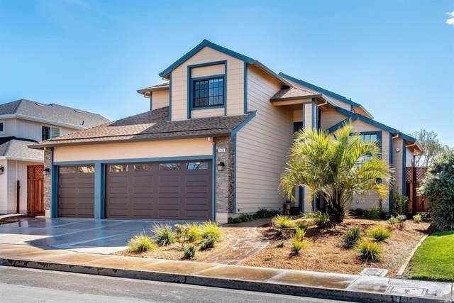 2028 Crimson Lane, Santa Rosa, CA 95403 (#22011767) :: Intero Real Estate Services