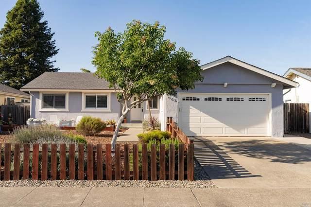 905 Saint Francis Drive, Petaluma, CA 94954 (#22011929) :: Hiraeth Homes
