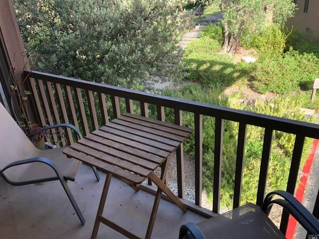 70 Surrey Lane, San Rafael, CA 94903 (#22013282) :: Rapisarda Real Estate