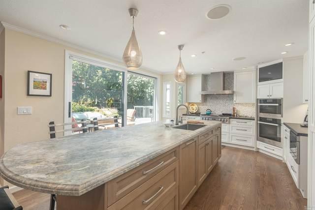 38 Thunderbird Drive, Novato, CA 94949 (#22016557) :: Rapisarda Real Estate