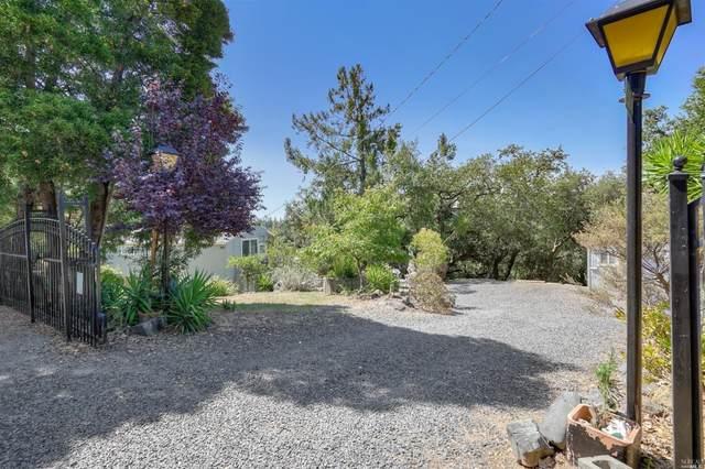 26849 Mountain Pine Road, Cloverdale, CA 95425 (#22016671) :: Lisa Perotti | Corcoran Global Living
