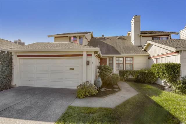 7 Gloucester Cove, San Rafael, CA 94901 (#22017089) :: Golden Gate Sotheby's International Realty