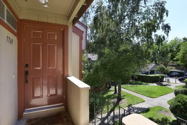 7769 Camino Colegio Drive, Rohnert Park, CA 94928 (#22018048) :: Intero Real Estate Services