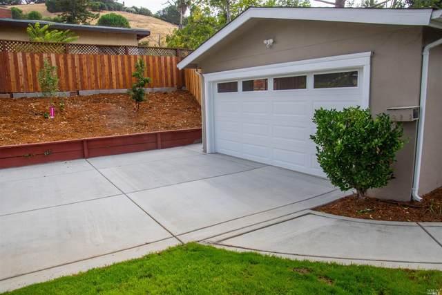 2 Rebecca Way, Novato, CA 94945 (#22018468) :: Rapisarda Real Estate