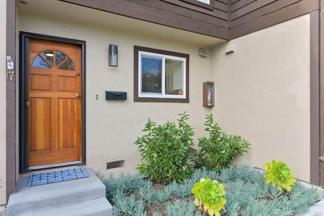 19 Pixley Avenue #17, Corte Madera, CA 94925 (#22018581) :: Rapisarda Real Estate