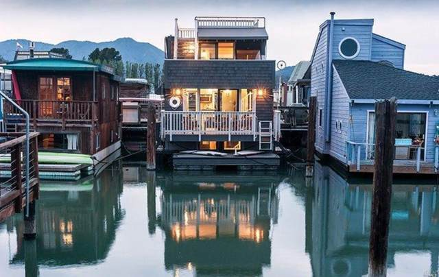 10 Main Dock, Sausalito, CA 94965 (#22019863) :: Corcoran Global Living