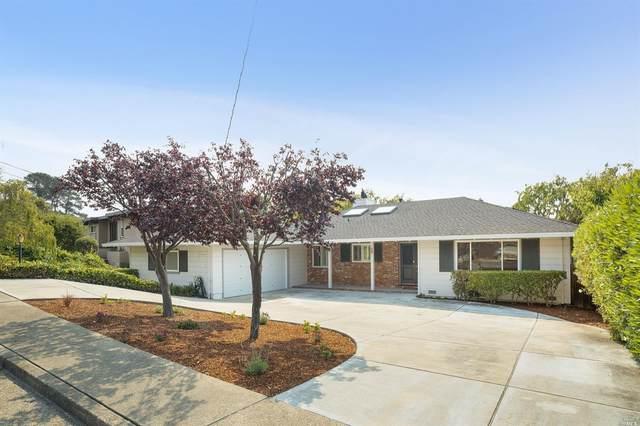28 Bonnie Banks Way, San Rafael, CA 94901 (#22022155) :: Rapisarda Real Estate