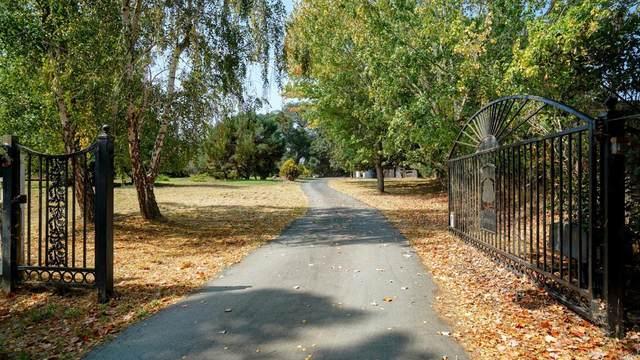 550 Liberty Road, Petaluma, CA 94952 (#22022167) :: RE/MAX GOLD