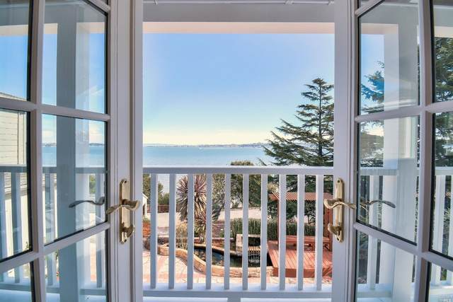 5000 Paradise Drive, Tiburon, CA 94920 (#22022247) :: Rapisarda Real Estate