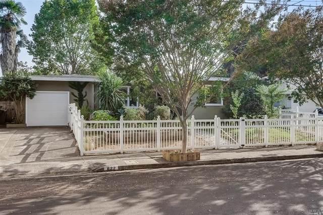 822 Louisa Drive, Santa Rosa, CA 95404 (#22022275) :: Hiraeth Homes