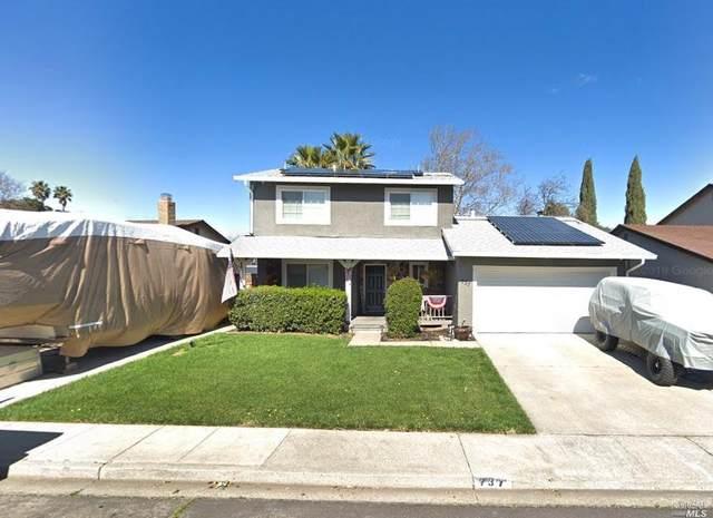 737 La Cruz Lane, Vacaville, CA 95687 (#22022397) :: Hiraeth Homes