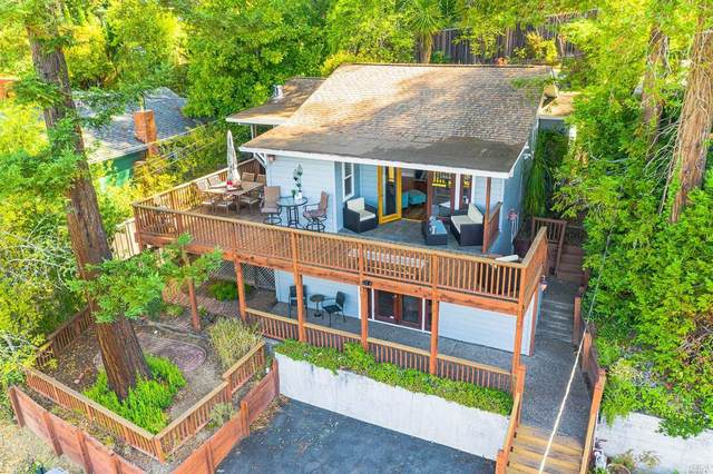 14176 Woodland Drive, Guerneville, CA 95446 (#22022854) :: RE/MAX GOLD