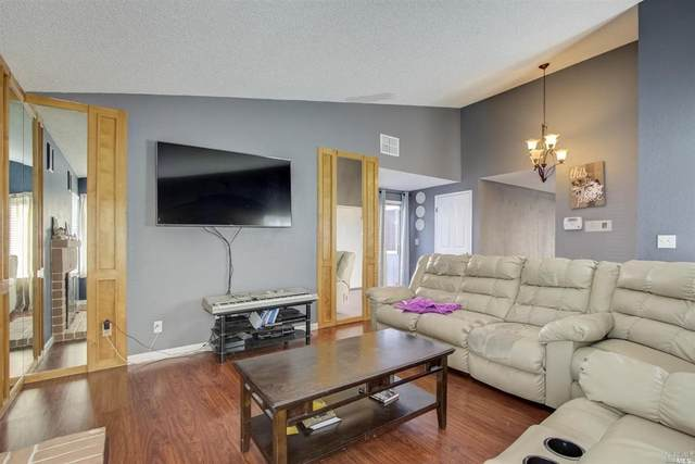 2705 Iris Court, Antioch, CA 94531 (#22023090) :: Intero Real Estate Services