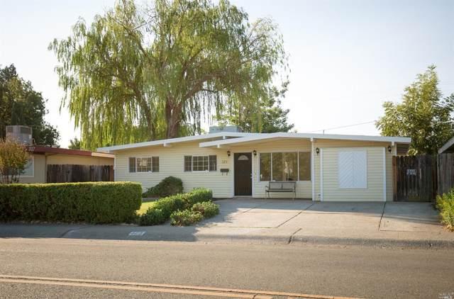 325 Hemlock Street, Vacaville, CA 95688 (#22024019) :: Jimmy Castro Real Estate Group