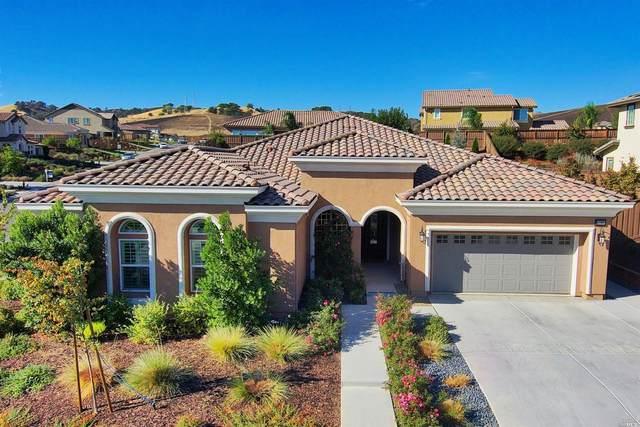 4006 Jade Crest Hill Way, Vacaville, CA 95688 (#22024243) :: Rapisarda Real Estate