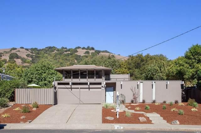 872 Appleberry Drive, San Rafael, CA 94903 (#22024739) :: Corcoran Global Living