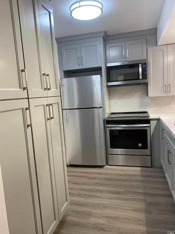 3 Deuce Court, Fairfax, CA 94930 (#22024821) :: Intero Real Estate Services
