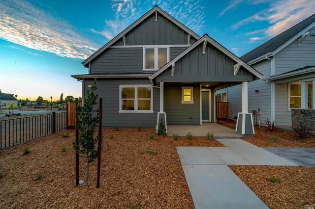 1501 W 3rd Street, Santa Rosa, CA 95401 (#22025113) :: RE/MAX GOLD
