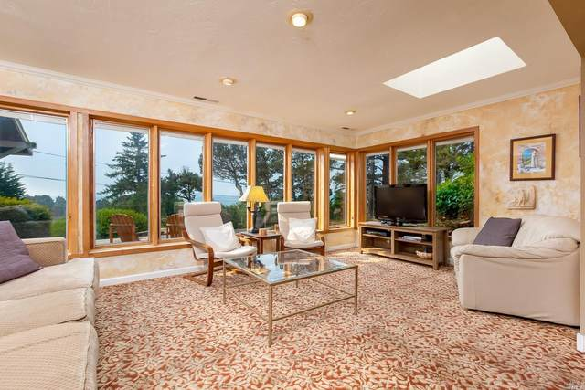 45120 Brest Road, Mendocino, CA 95460 (#22025313) :: Hiraeth Homes